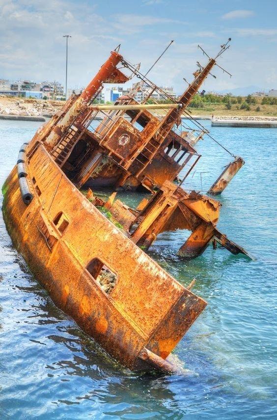 И еще немного разных фото выброшенные, жизнь, катастрофа, корабли, красота, невероятное