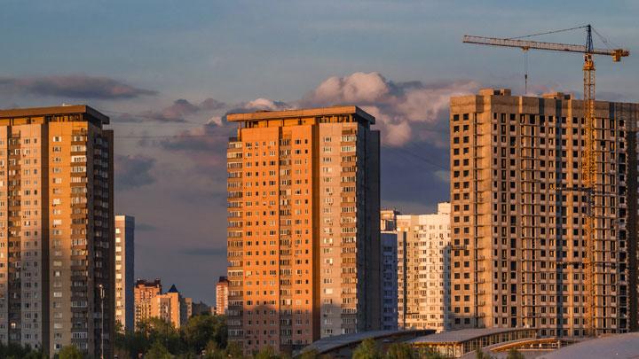 Недоступное жильё: Новостройки растут как на дрожжах, а покупать их некому россия