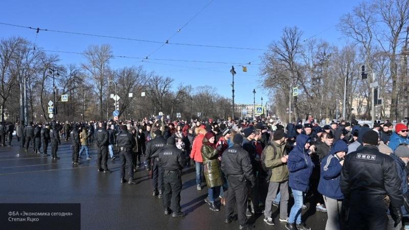 На столичный «Марш Немцова» привозят массовку из Калуги