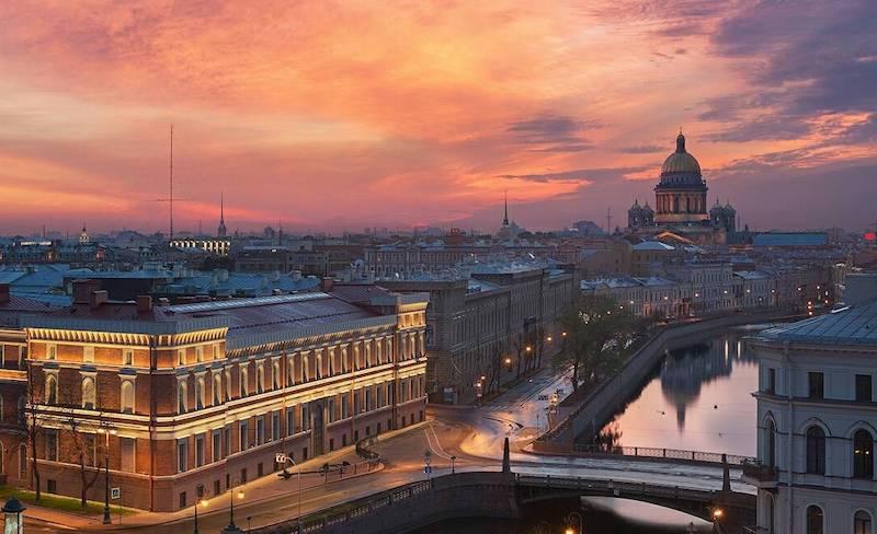 В Питер по любви: вдохновляющие аккаунты о культурной столице нашей родины