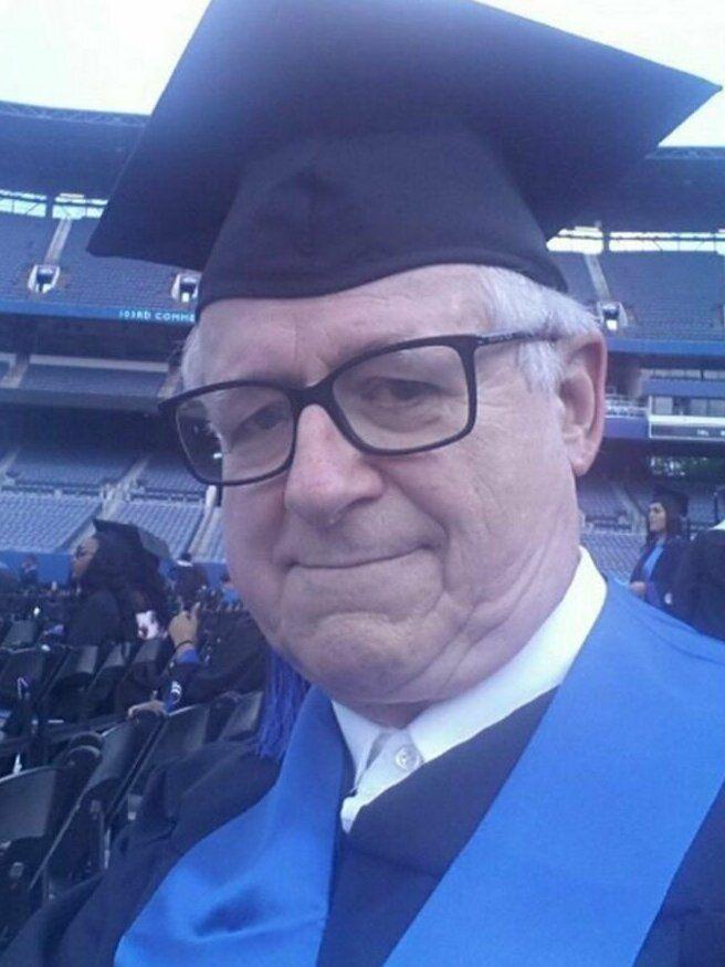 Учиться никогда не поздно, и вот 30 душевных фото-доказательств получила, аттестат, степень, средней, никогда, бабушка, школы, изколледжа, образование, ввозрасте, получить, войны, мировой, колледж, Второй, получил, горжусь, выпускник, окончил, ветеран