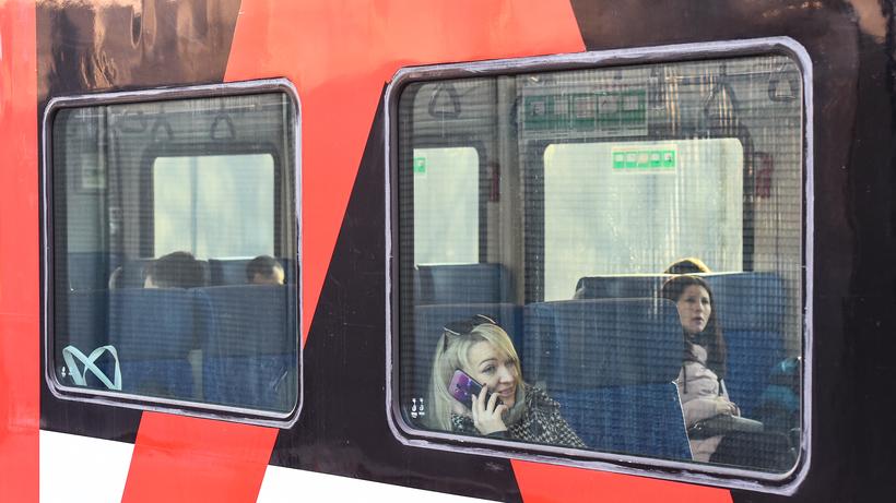 Поезда на МЦД‑2, Рижском и Курском направлениях задерживаются из‑за остановки электрички
