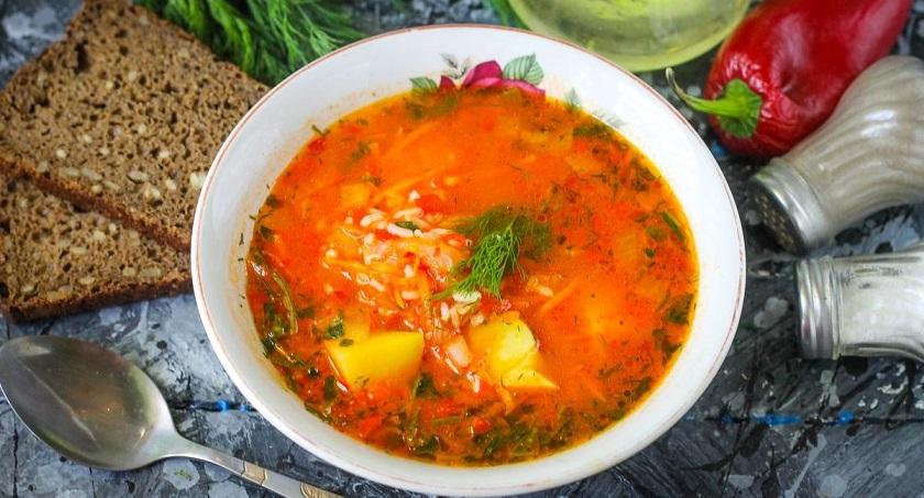 Ароматный суп с перцем и помидорами: пальчики оближешь