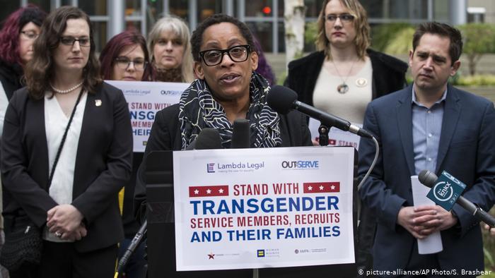 Cвященная война трансгердеров и ЛГБТ в США. И немного про воспитание молодежи в Америке