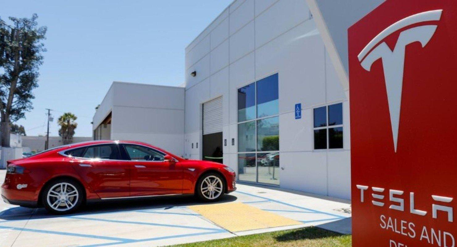 Акции Tesla могут вырасти до 3 000 долларов Автомобили