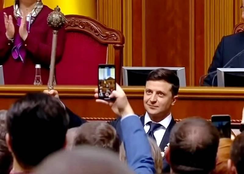 Кремль отказался поздравлять Зеленского с вступлением в должность