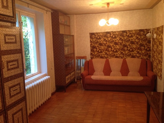В гостях: Две комнаты и два кабинета в квартире площадью 31 кв. м