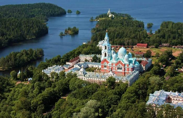 Почему уфологи считают остров Валаам аномальной зоной, а верующие - местом силы