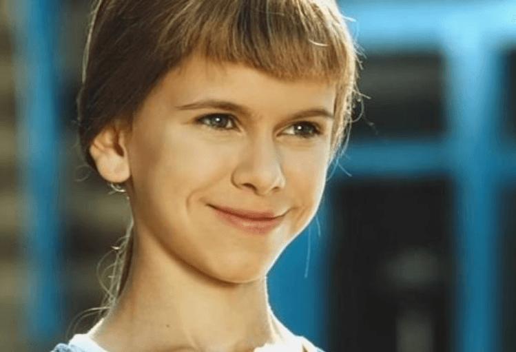 Помните Машу из «Женской интуиции»? Ей уже 28 лет актриса,Анастасия Зюркалова,наши звезды,развлечение,фильм,фото,шоубиz,шоубиз