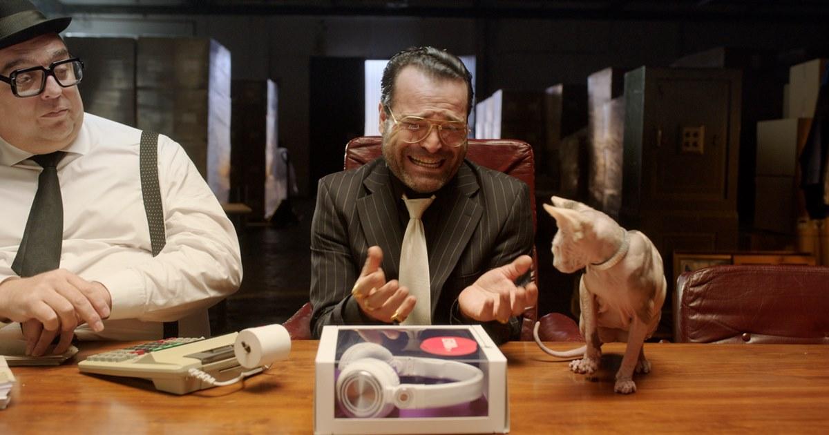 В новой рекламе Joom посмеялся над перекупщиками