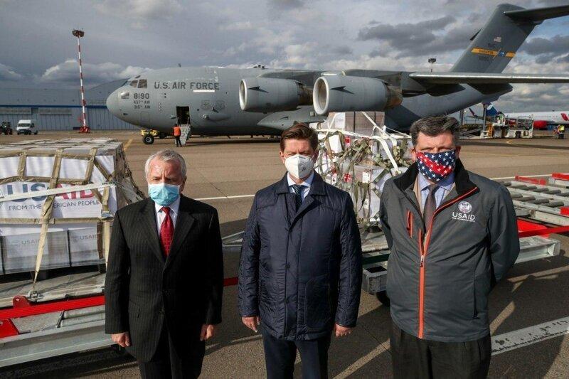 Доставка американских аппаратов ИВЛ в Москву
