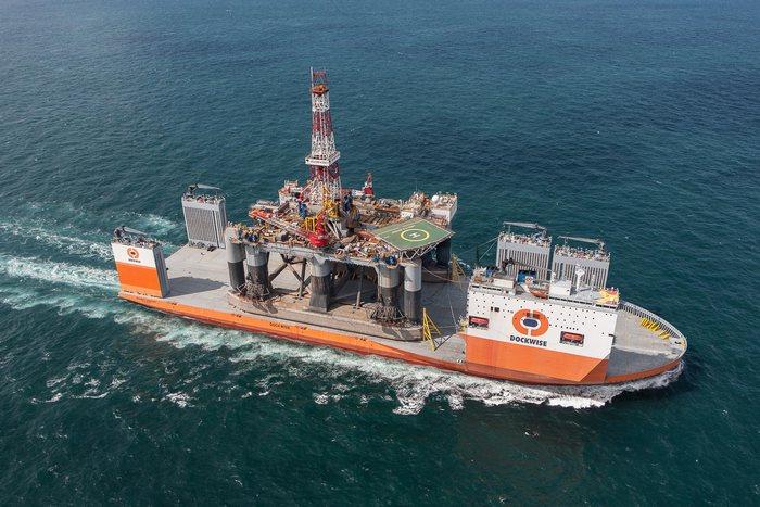 Очень большое судно. /Фото: sea-transport.ru.