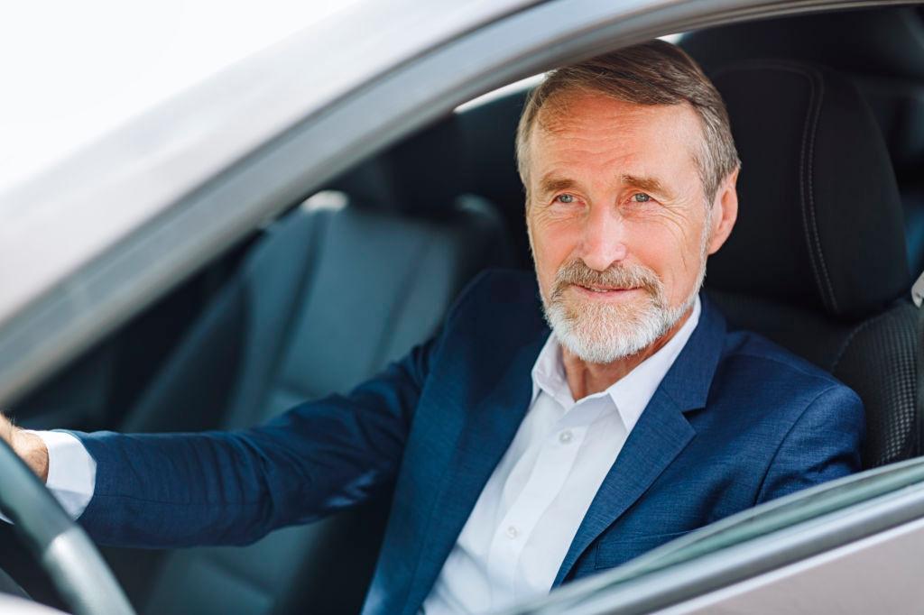 Транспортный налог для пенсионеров в 2020 году авто и мото,водителю на заметку,законы,налоги