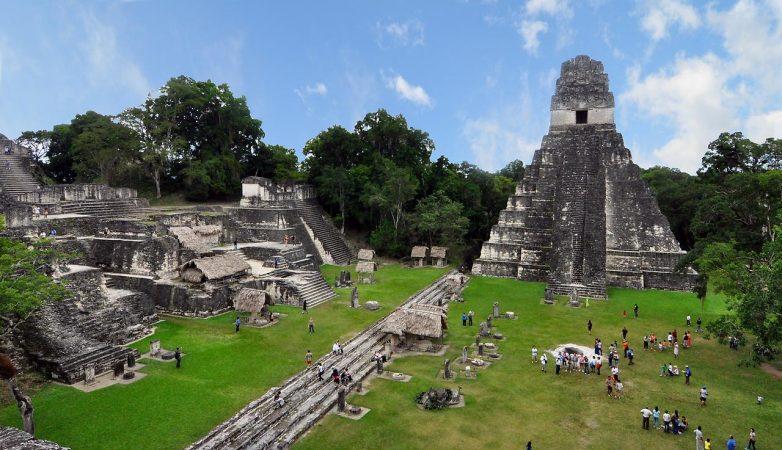 Древний город индейцев майя Калакмуль