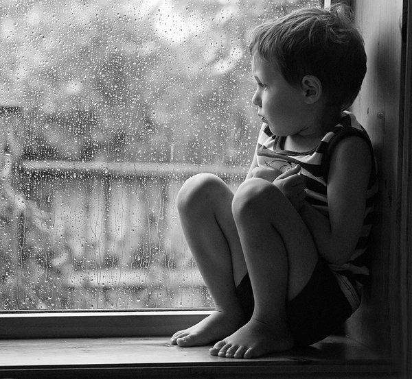 Не забрала ребенка из сада вовремя – будешь искать его в органах опеки