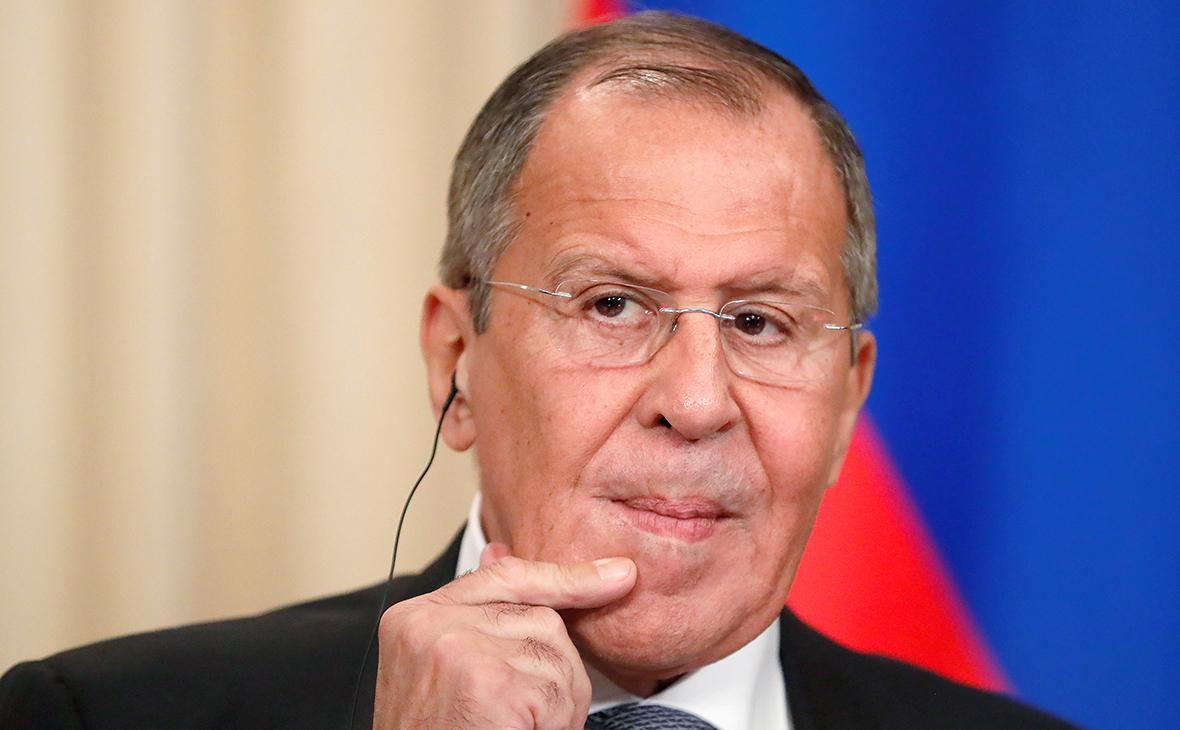 Лавров и Шойгу ответили на призыв США к России быть «нормальной страной»