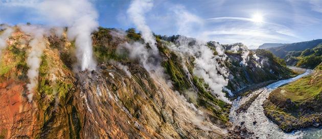 Долина гейзеров: смотрим самое красиво место Камчатки
