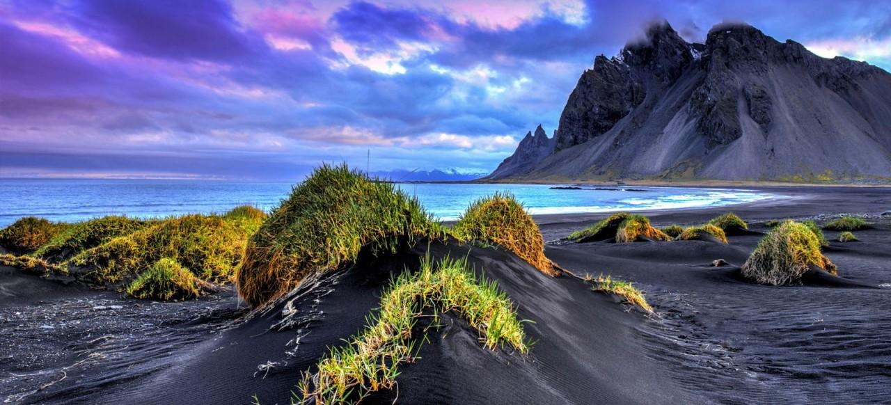 Чёрный песок