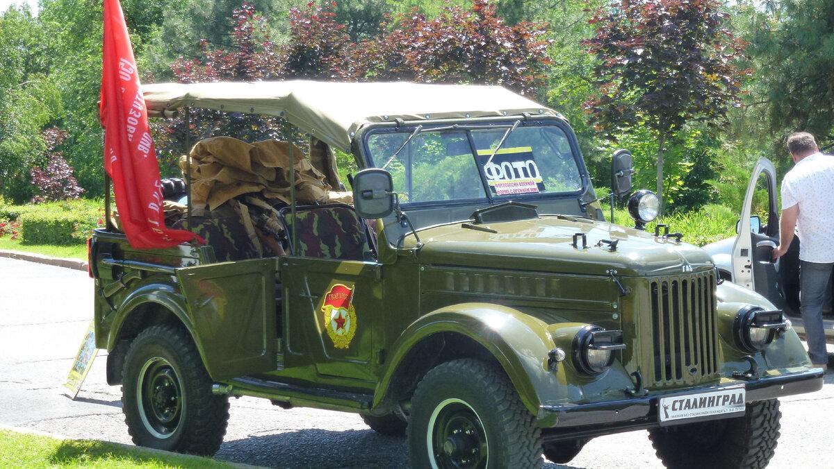 Увидел на Мамаевом кургане настоящий военный автомобиль. Рассказываю, зачем он там стоит