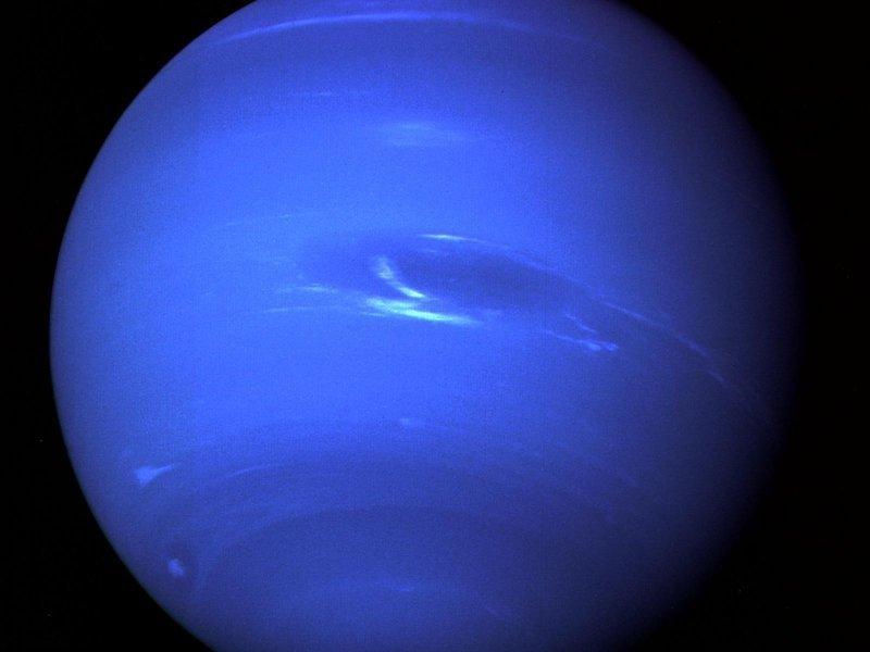 """Телескоп """"Хаббл"""" запечатлел гигантский умирающий шторм на Нептуне Нептун, космос, планета, солнечная система, факты, хаббл"""