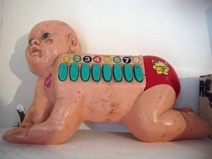 13 безумных детских игрушек, которые пугают до ужаса