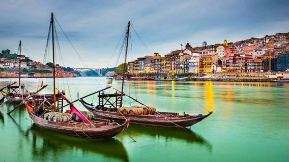 Великобритания исключила Португалию из «зеленого» списка для зарубежных поездок