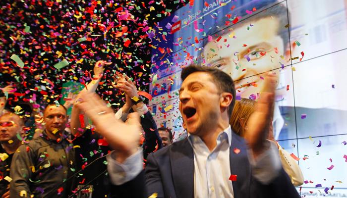 Басков, Королева и другие спешат «на поклон» к Зеленскому весна,выборы,зеленский,киев,наташакоролева,россия,символюности,страна,украина,юмор,ягодка