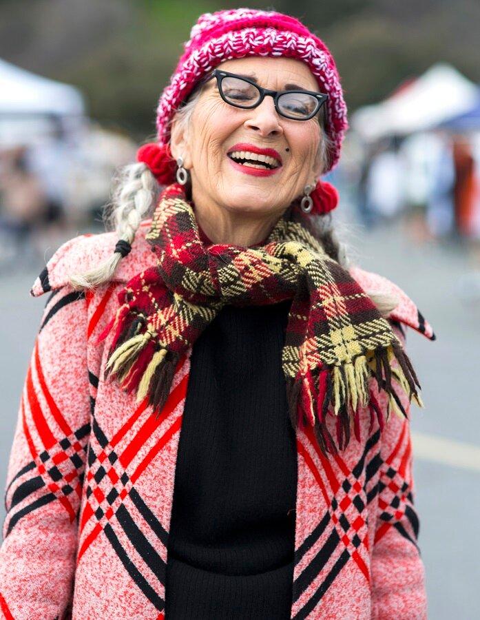 Красная помада для зрелой женщины 55+: выбрать или отказаться? красота,макияж,мода и красота