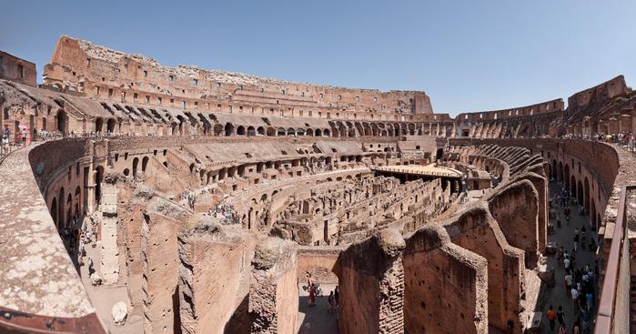 Colosseo_di_Roma_panoramic (700x367, 373Kb)