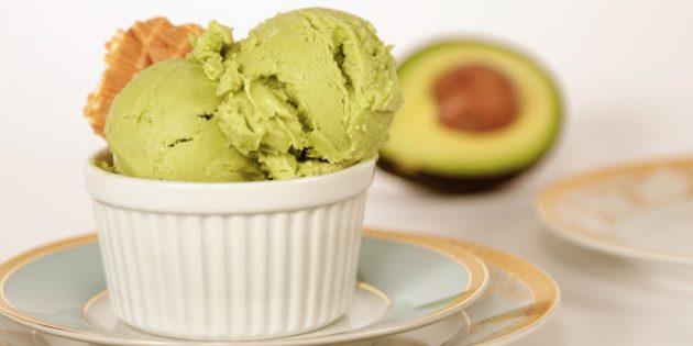 Мороженое с авокадо на кокосовом молоке