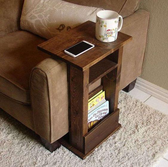 Прикроватные и придиванные столики - удобно ли ими пользоваться? Идеи декора!