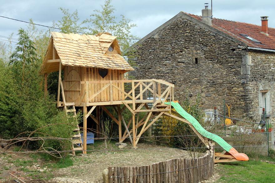Как построить настоящий замок для ребенка из обыкновенных деревянных паллет
