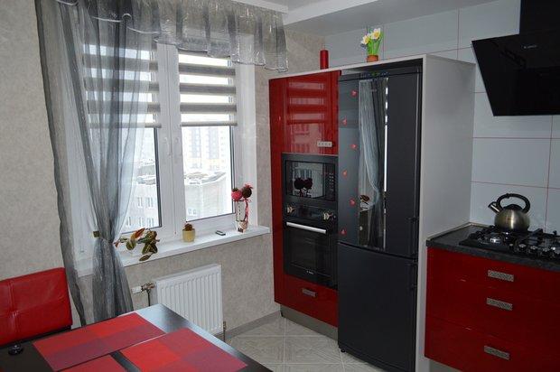 Кухня: недорогой вариант перепланировки и отделки интерьер