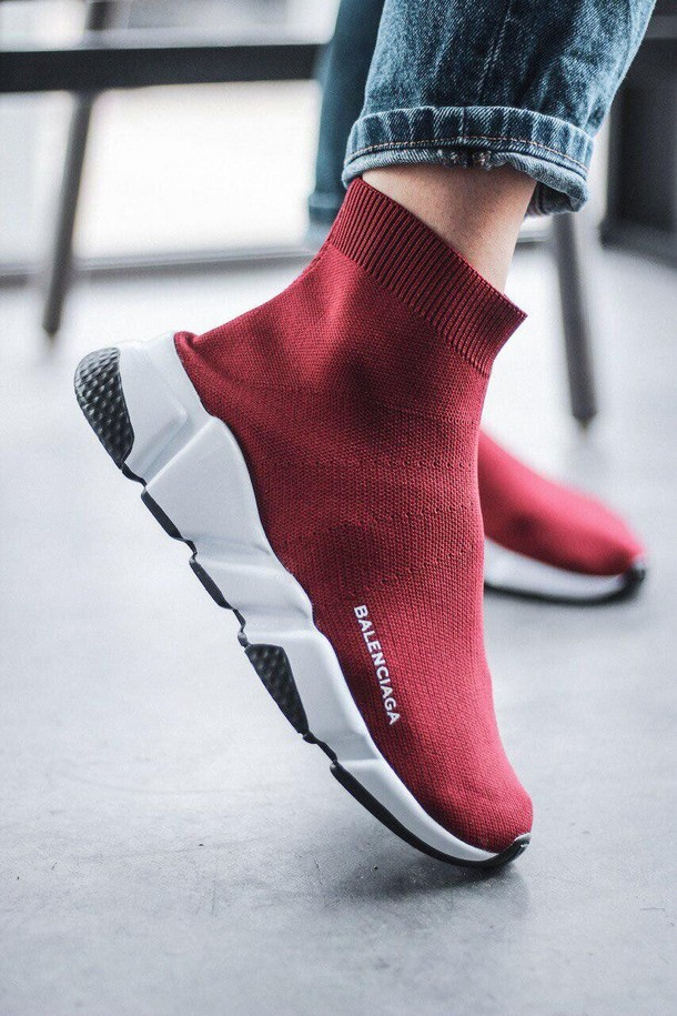 Кроссовки на осень: модные тенденции 2020 года