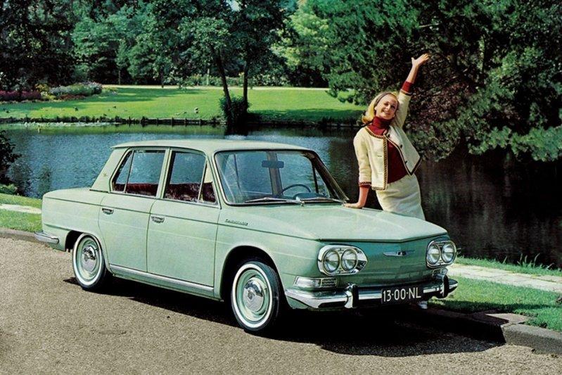 В 1964 году на смену PC series пришел седан PD series. заднемоторная компоновка, седан
