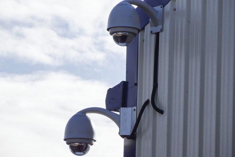 Московскую систему видеонаблюдения научат отслеживать граждан по силуэту