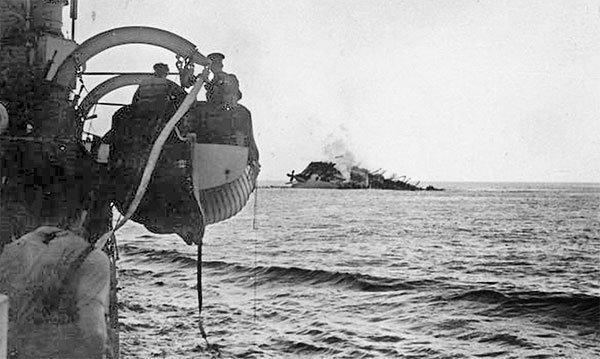 Тонущая «Ланкастрия» война, катастрофы, корабли