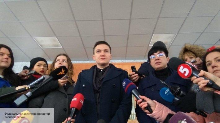 Савченко устроила шоу в суде…