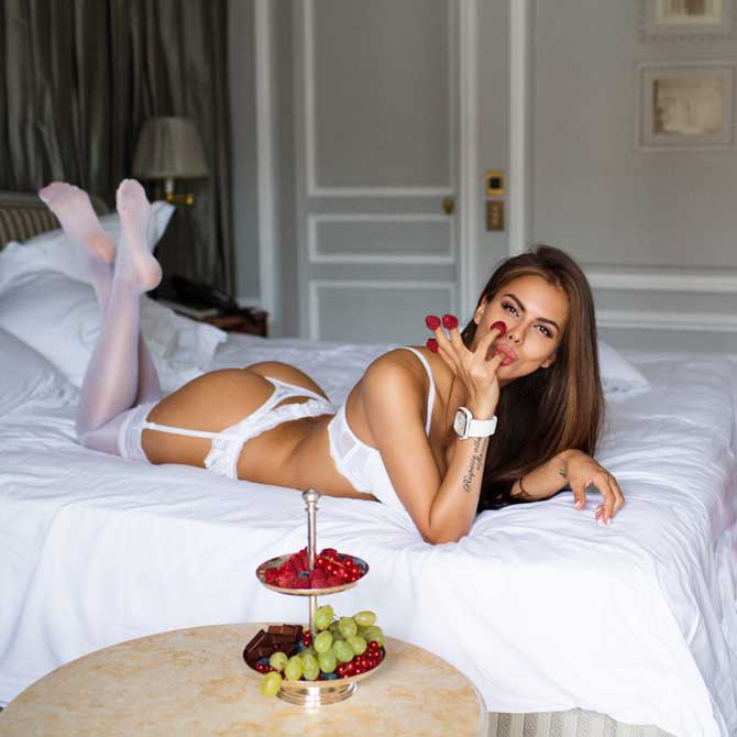Вики Одинцова: по следам ангела девушки