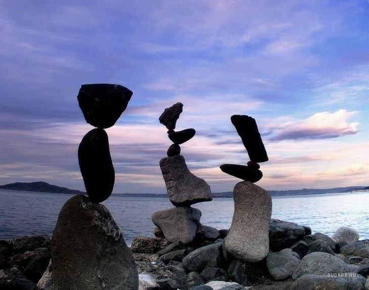 Разгадка этого феномена не так уж и сложна: почему же не падают висячие камни? интересное,камни,необычное,природа,хобби
