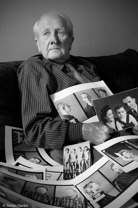 Фотограф Освенцима неоднократно давал интервью СМИ, рассказывая о своей страшной работе в лагере. /Фото:sonntagsblatt.de, Stefan Hanke
