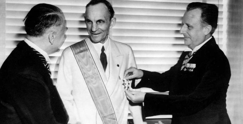 Зачем на западе вскормили Гитлера, а на востоке спровоцировали Японию история