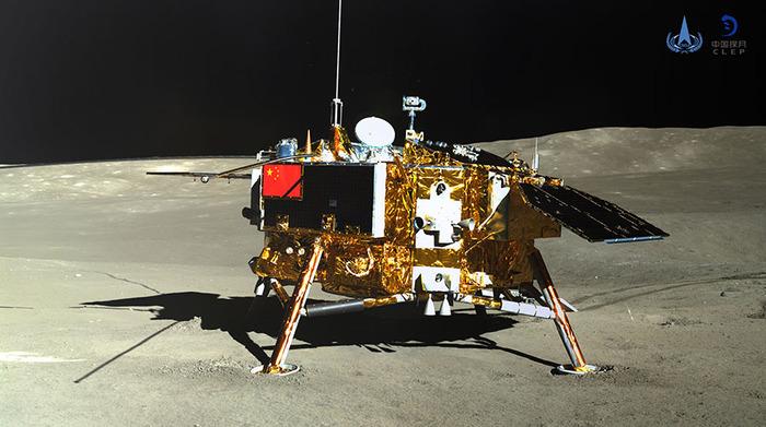 CNSA опубликовало новые фотографии со станции «Чанъэ-4» и видео её посадки на Луну