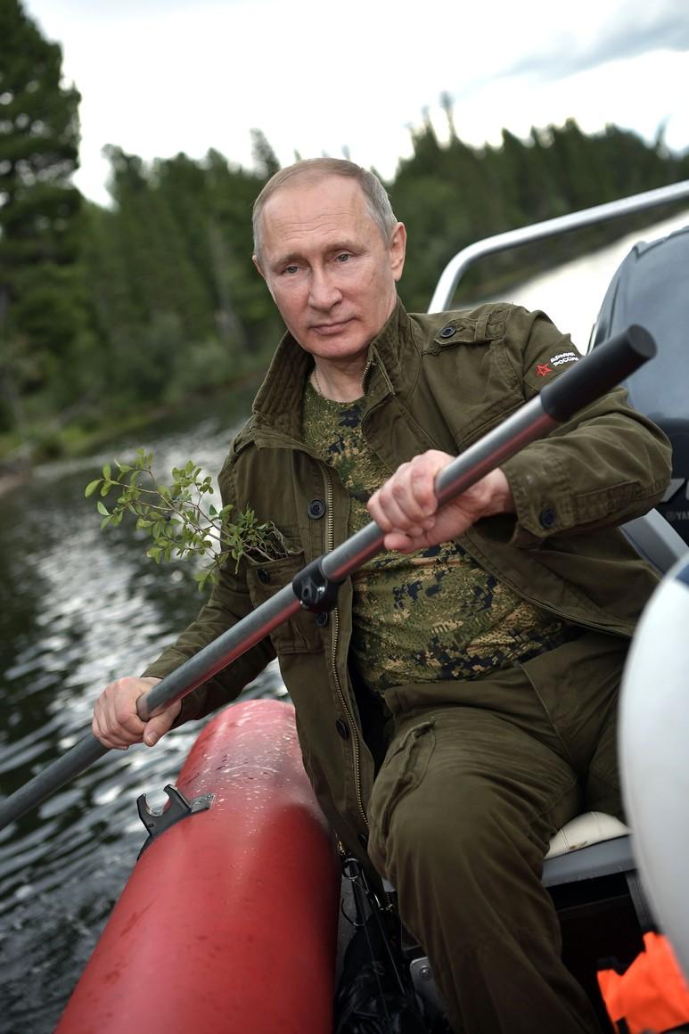 Искренне рада за владимира владимировича.желаю ему силы и здоровья еще на долгие годы.