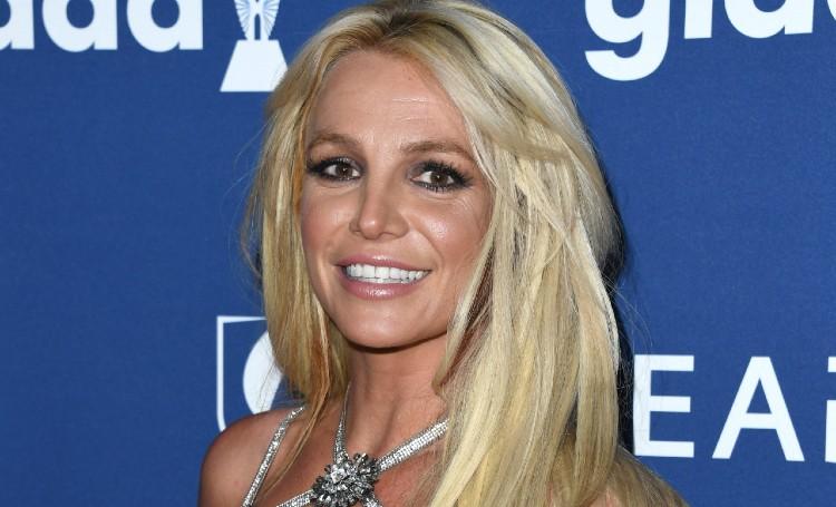 """Бритни Спирс снова выступила в суде против своего отца: """"Я думала, меня пытаются убить"""" Звезды,Новости о звездах"""