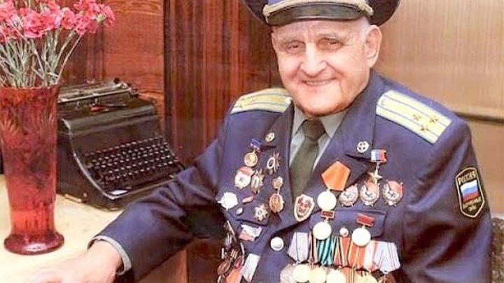 Иван Антонович Леонов — единственный в мире боевой летчик , без одной руки летавший в годы войны