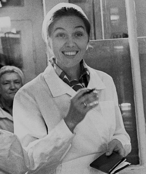 Самая позитивная советская телеведущая Юлия Белянчикова девушки,здоровье,медицина,СССР,телевидение