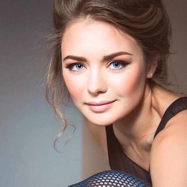 Самая грудастая актриса украины