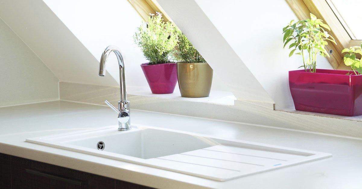 Почему выгодно делать белый пол на кухне и устанавливать белую раковину идеи для дома,интерьер и дизайн