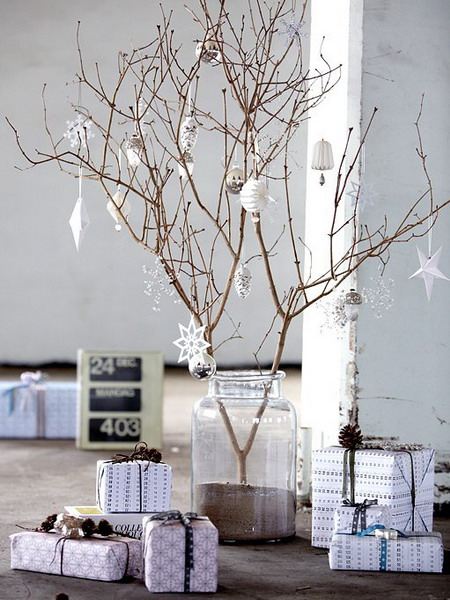 nordic-new-year-decoration-branches1.jpg